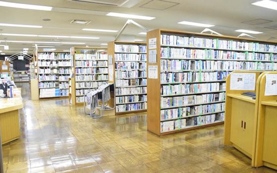 1階図書室